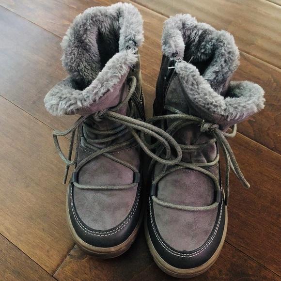 Girls Size Winter Boots   Poshmark